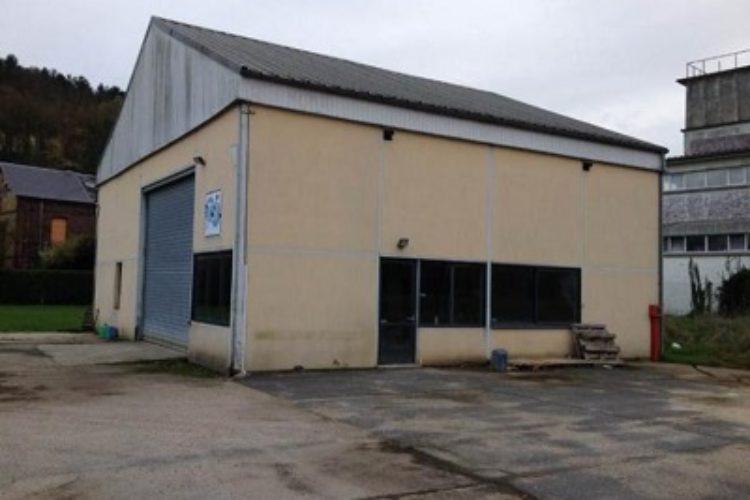 Location Local d'activité LE HOULME