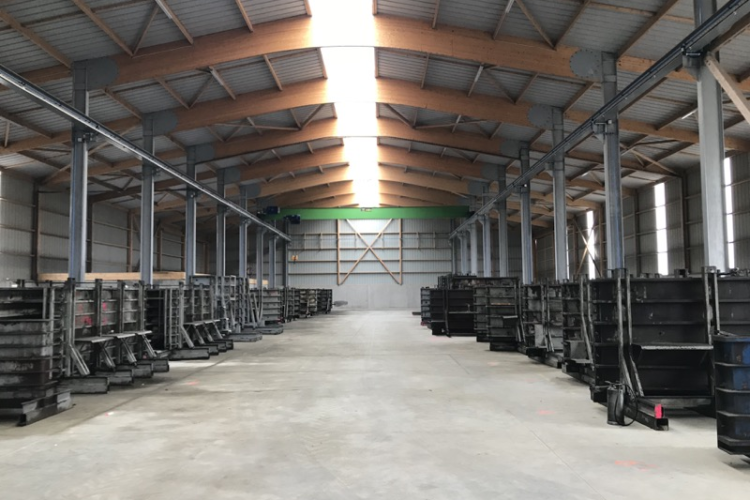 BATIMENT DE PRODUCTION PREFABRIQUE EN BETON ARME – AVRANCHES