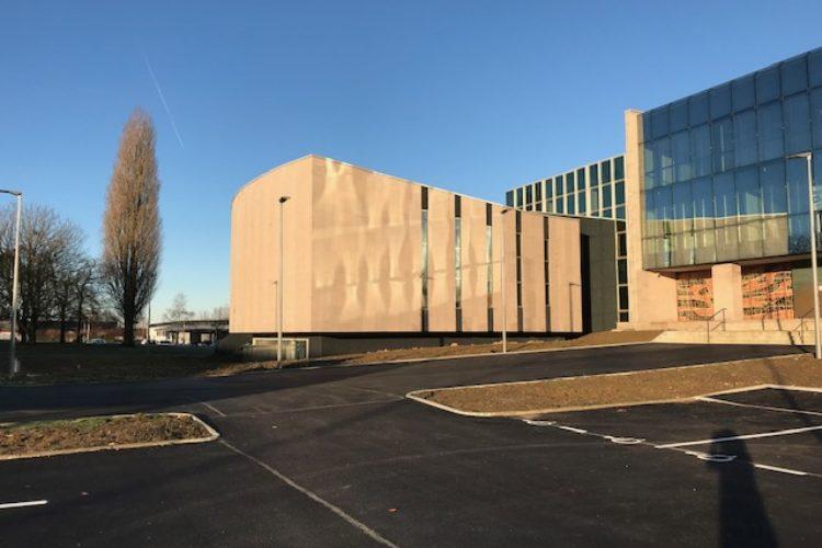 Centre d'affaires Le Phénix à Saint-Lô – Bureaux de 255 m2
