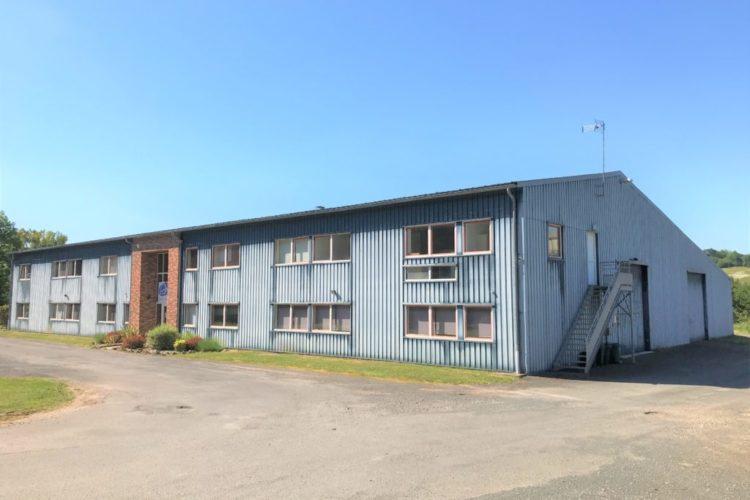 A louer deux bâtiments industriels