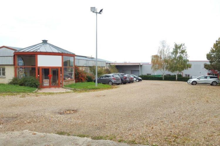 Location / Vente Local d'activité BUEIL